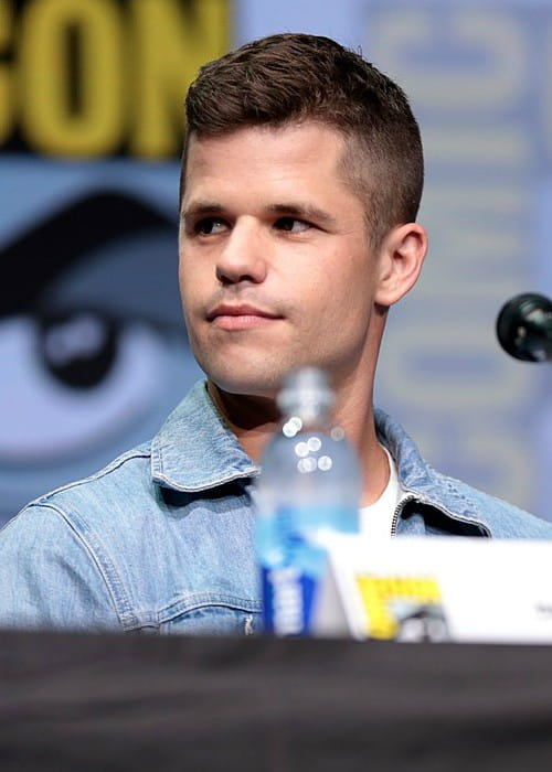 Charlie Carver speaking at the 2017 San Diego Comic Con International