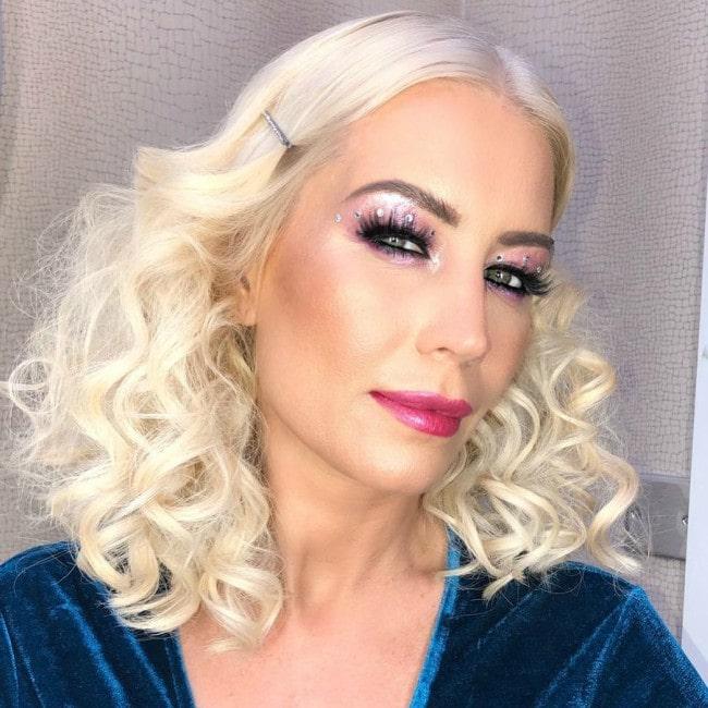 Denise van Outen in an Instagram selfie as seen in March 2020