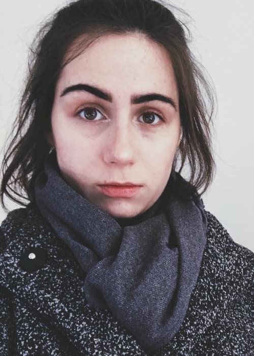 Dodie Clark in an Instagram post as seen in February 2018