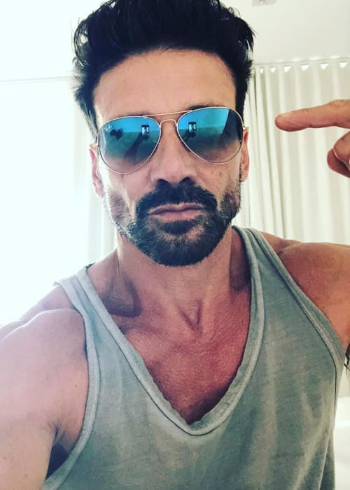 Frank Grillo promoting Ray-Ban in a selfie in May 2018