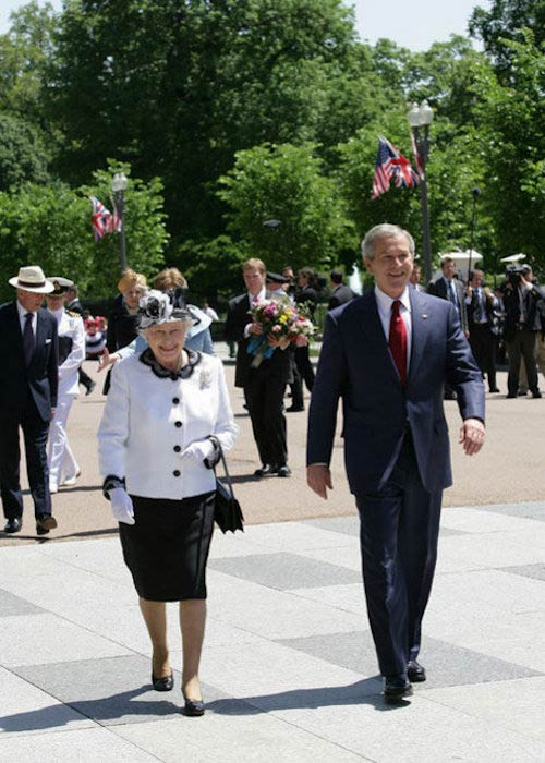 George W. Bush escorting Queen Elizabeth II from the White House to Blair House in 2007