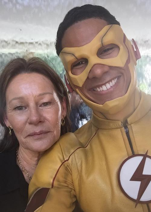 Keiynan Lonsdale with his mother in July 2017
