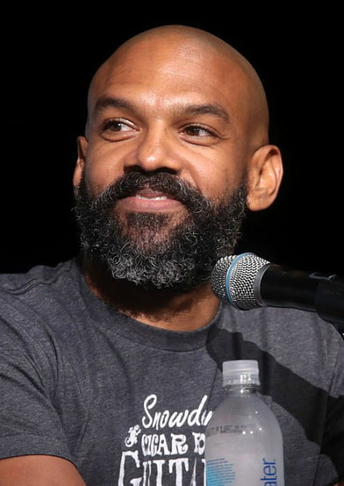 Khary Payton speaking at the 2017 San Diego Comic-Con International