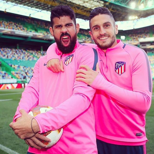 Koke and Diego Costa on the field in April 2018