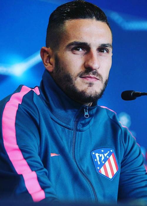 Koke interacting with media in November 2017