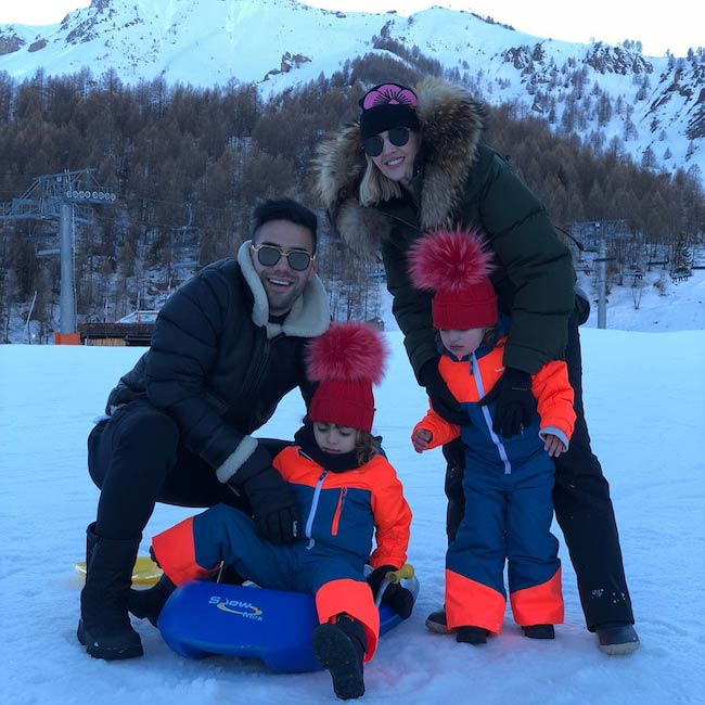 Radamel Falcao with wife Lorelei and their 2 daughters enjoying snow in February 2018