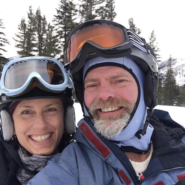 Rainn Wilson and Holiday Reinhorn skiing in February 2018