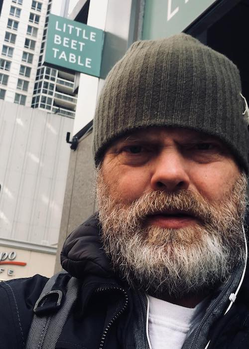 Rainn Wilson in an Instagram selfie at Chicago in March 2018