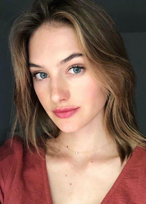 Sanne Vloet in an Instagram selfie as seen in May 2018