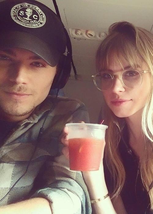 Amadeus Serafini in an Instagram selfie with his 'Scream' co-actor in July 2015