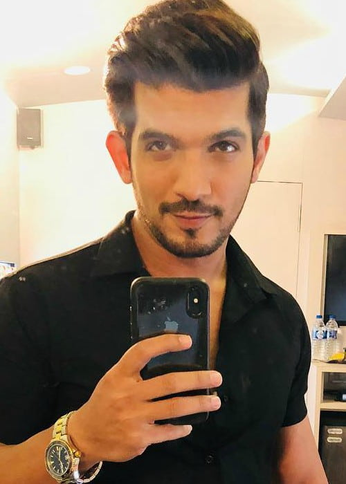 Arjun Bijlani in a selfie in July 2018