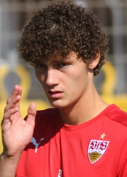 Benjamin Pavard at the public training in September 2016