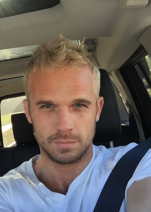 Cam Gigandet in a selfie in January 2016