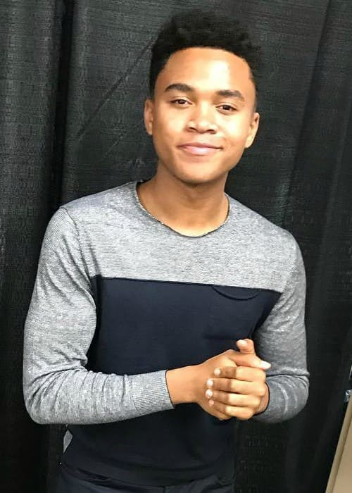chosen jacobs height weight age body statistics
