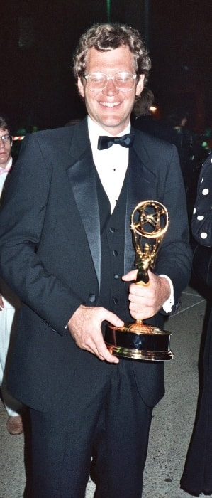 David Letterman holding an Emmy at the 39th Emmy Awards in September 1987