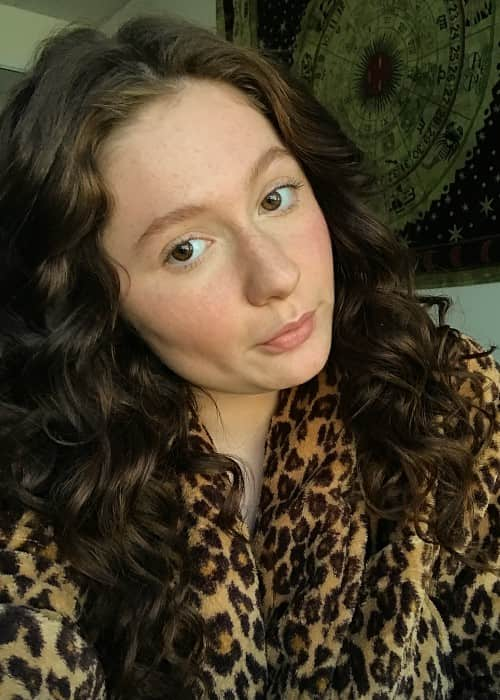 Emma Kenney in a selfie in November 2017
