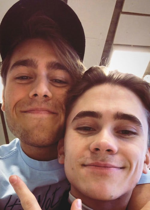 Felix Sandman (Right) and Benjamin Ingrosso in a selfie in May 2018