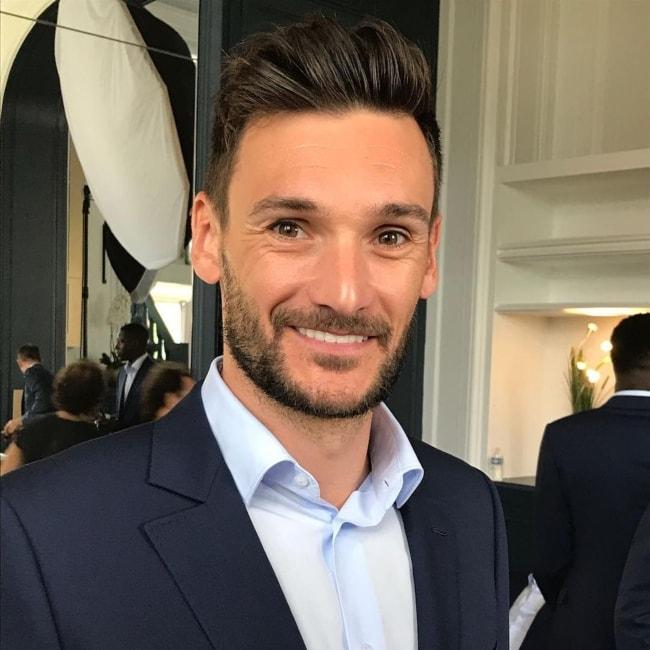 Hugo Lloris in a suited selfie in May 2018