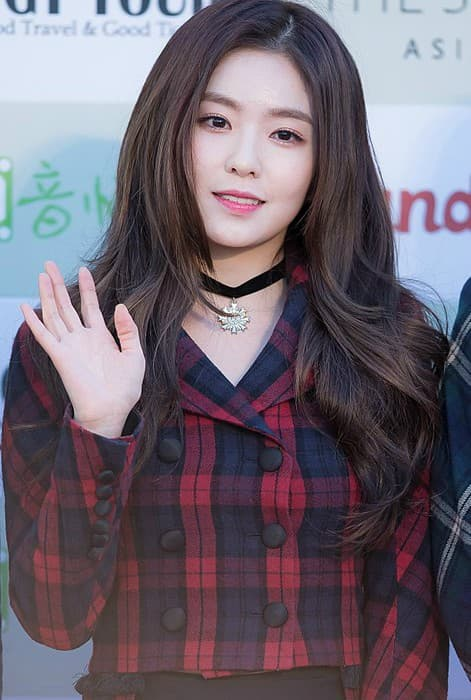 Irene at Gaon Chart K-pop Awards red carpet in February 2016