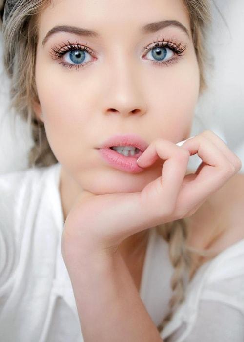Meghan Rienks in an Insatgram selfie in February 2017