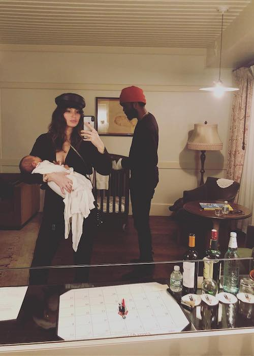 Nicole Trunfio with hubby Gay Clark and daughter Gia in a mirror selfie in June 2018