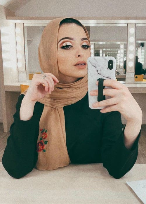 Noor Tagouri in an Instagram selfie as seen in April 2018