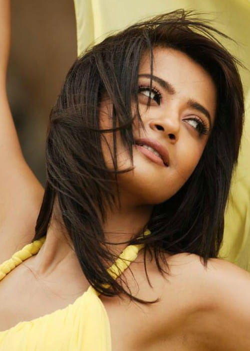 Surveen Chawla as seen in October 2012