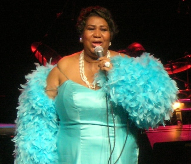 Aretha Franklin performing at the Nokia Theater in Dallas, Texas in April 2007