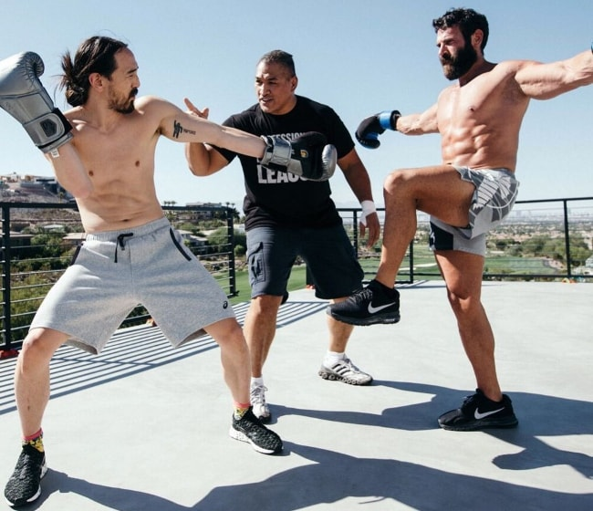 Dan Bilzerian with Steve Aoki (Left) and Sugar Ray Sefo (Center) in October 2017