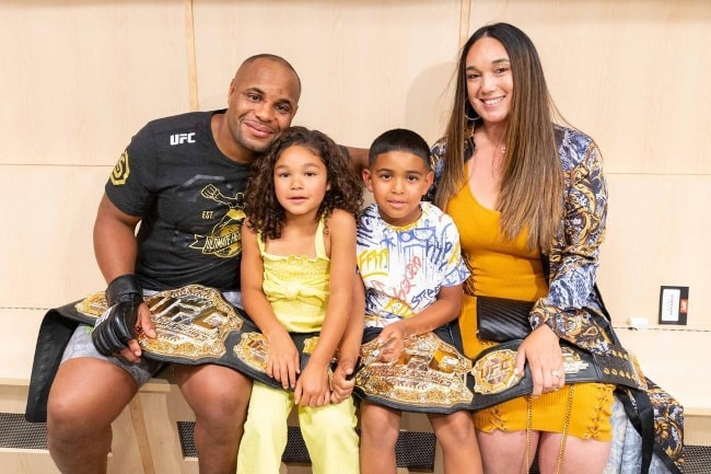 Daniel Cormier with his family in July 2018