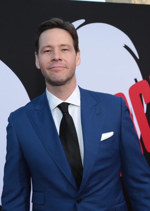 Ike Barinholtz as seen in April 2018