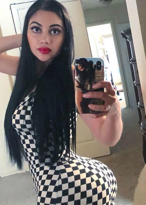 Jailyne Ojeda Ochoa in a selfie as seen in June 2018