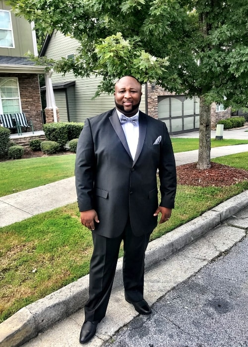 Jernard Wells suited up for the International Trailblazer Awards 2018