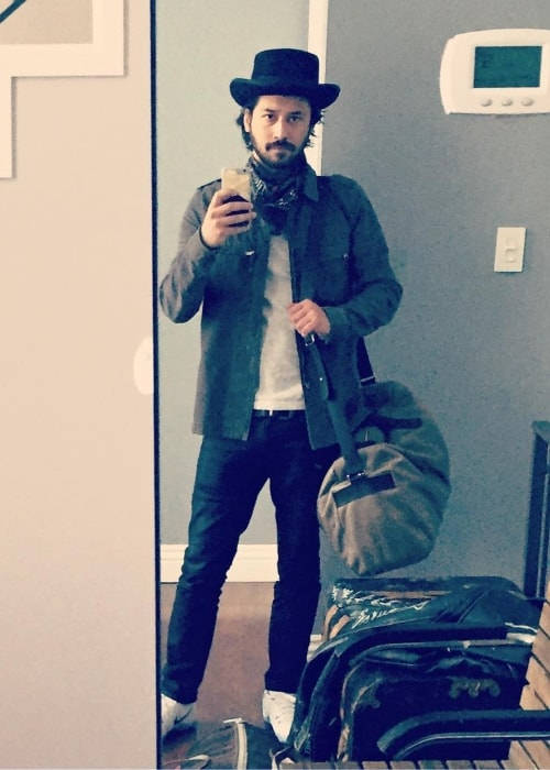 Jesse Rath in a mirror selfie in March 2017