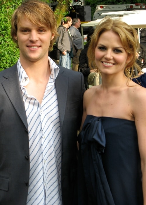 Jesse Spencer with Jennifer Morrison in May 2007