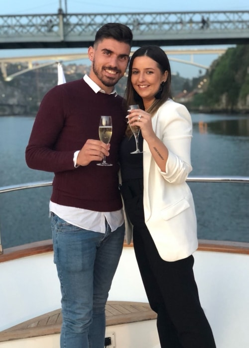 Rúben Neves with Débora Lourenço after proposing to her in May 2018