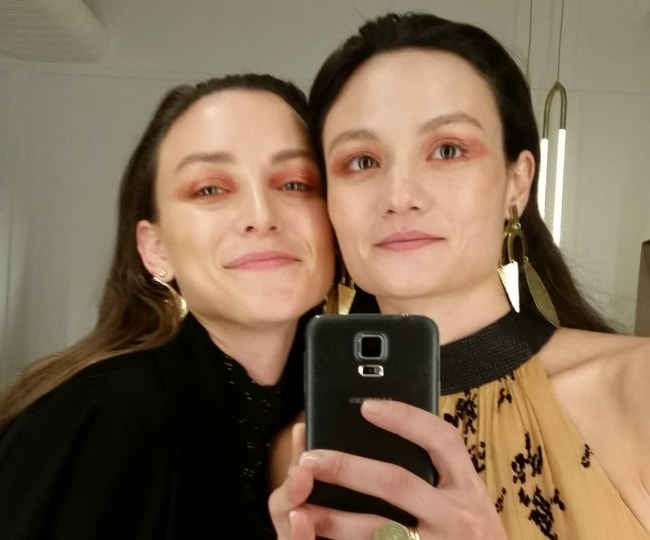 Rachel Rutt in a mirror selfie with Ollie Henderson in May 2018
