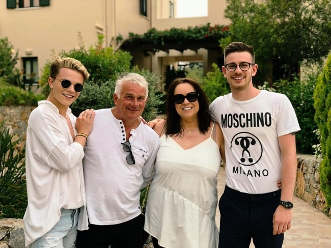Ronan Parke (Corner Left) with his family in Vámos, Khania, Greece in May 2018