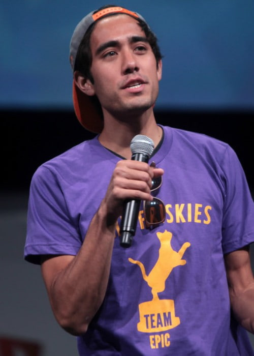 Zach King speaking at the 2014 VidCon at the Anaheim Convention Center