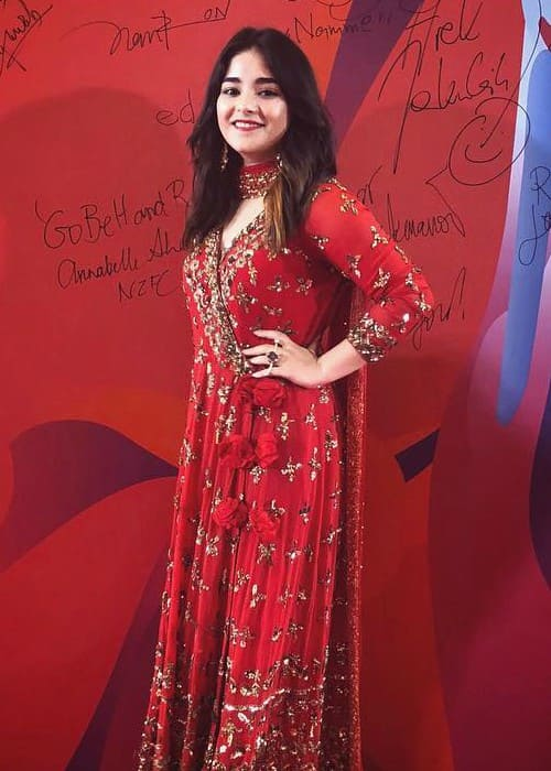 Zaira Wasim Height Weight Age Body Statistics Healthy