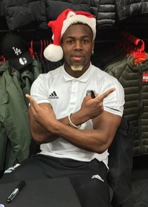 Adama Traoré in a Santa Hat
