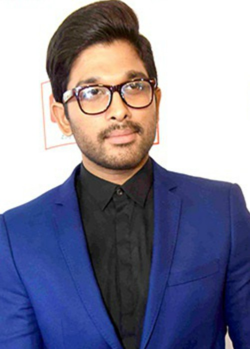 Allu Arjun at the 62nd Filmfare Awards South ceremony in July 2015