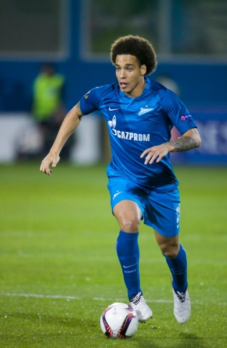 Axel Witsel during a match in October 2016