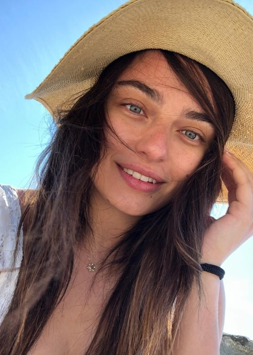 Ayça Ayşin in a selfie in June 2018