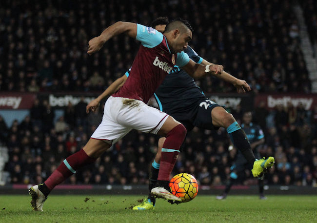 Dimitri Payet of West Ham United playing the ball during the game against Manchester City in 2016