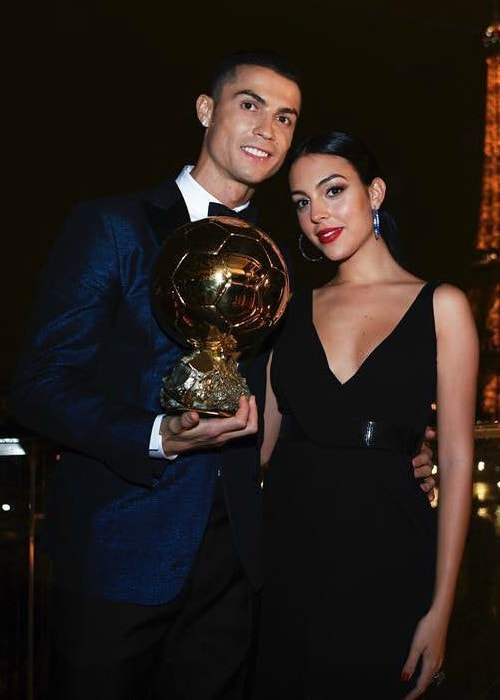 Georgina Rodríguez and Cristiano Ronaldo in Paris as seen in December 2017