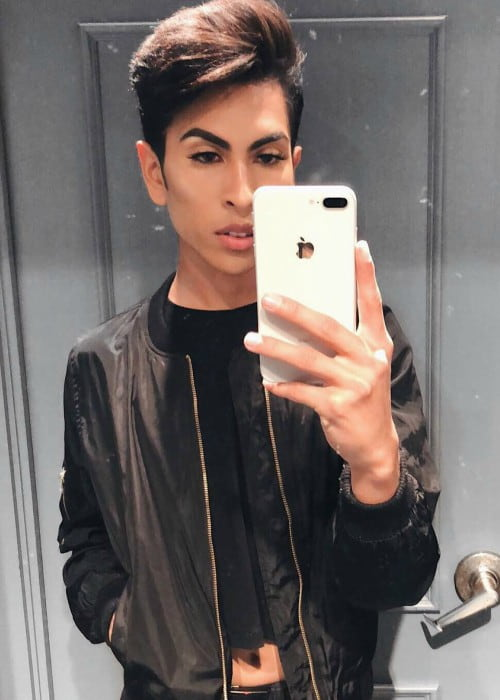 Louie Castro Height, Weight, Age, Body Statistics - Healthy