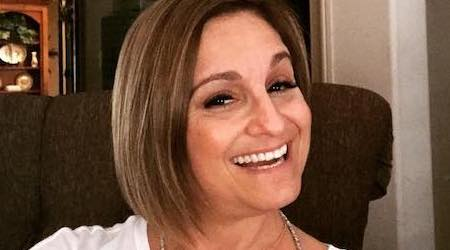 Mary Lou Retton Height, Weight, Age, Body Statistics