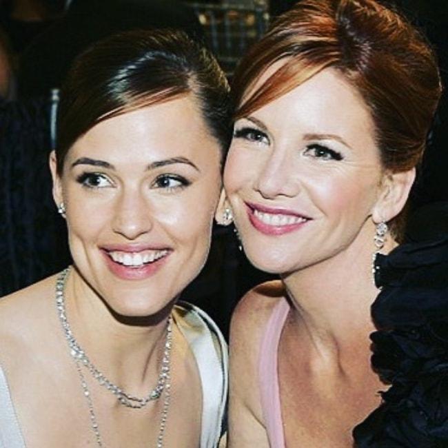 Melissa Gilbert (Right) with Jennifer Garner
