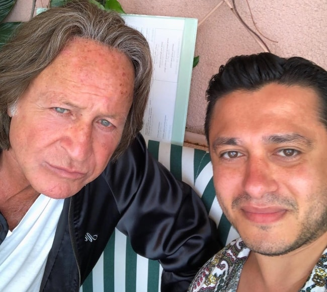 Mohamed Hadid (Left) in a selfie with Hassan Morshedy in July 2018